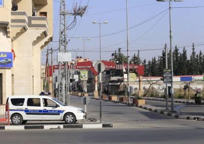 شاهد: سريان الحظر الكلي لحركة المركبات في قطاع غزة اليوم الجمعة