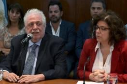 """فضيحة في توزيع لقاح """"كورونا"""" تتسبب في إقالة وزير الصحة الأرجنتيني"""