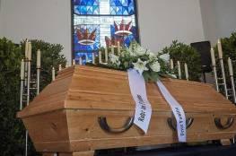 فيديو.. أصوات من داخل تابوت توقف مراسم الدفن!