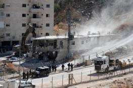 هآرتس: مستشار يميني يوقف العشرات من خطط البناء للفلسطينيين بالقدس