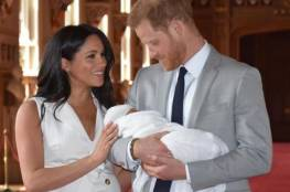 الأمير هاري وميجان وأرتشي يشرعون في أول جولة عائلية في إفريقيا