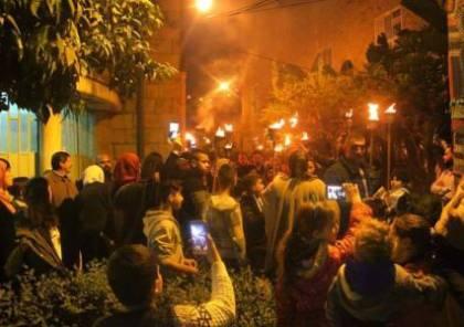 """أهالي نابلس يحتفلون بمنتصف شعبان """"ليلة الشعلة"""""""