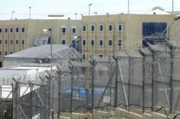 """الاحتلال يمنع أسرى سابقين من زيارة ابنائهم في """"مجدو"""""""