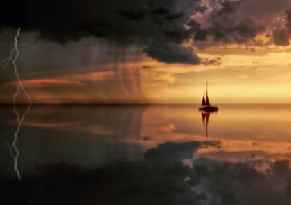 """اكتشاف """"سفينة أشباح"""" غامضة بحالة ممتازة رغم بقائها 400 عام تحت الماء!"""