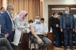 بالصور .. انطلاق حملة التطعيم ضد فيروس كورونا في قطاع غزة