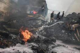 لجنة زكاة الأوقاف توزع مساعدات مالية على أسر ضحايا وجرحى حريق النصيرات