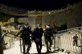 الاحتلال يعلن اعتقال 50 مقدسيًا منذ بداية شهر رمضان