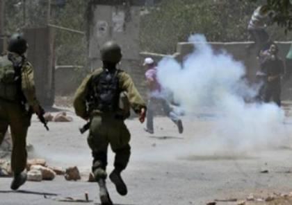 إصابة شاب بقنبلة غاز خلال قمع الاحتلال مسيرة كفر قدوم