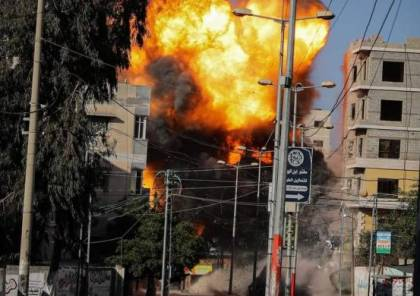 طائرات الاحتلال تدمر مقر جمعية الهلال الأحمر القطري