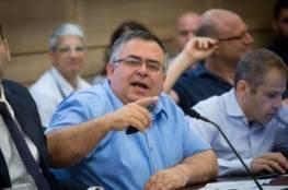 اعتقال 17 إسرائيليا في قضية فساد يشتبه بضلوع بيتان فيها