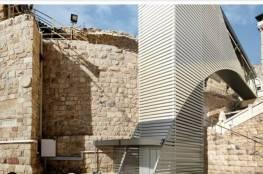 بلدية الخليل تنجح في تجميد بناء مصعد للمستوطنين في الإبراهيمي