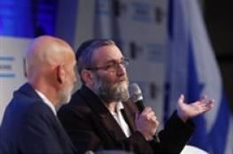 رئيس لجنة بالكنيست يعترف : الفلسطينيون كانوا قبلنا هنا