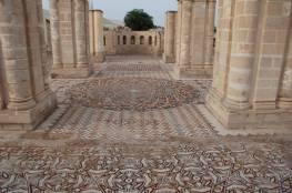 السياحة والآثار تتسلم أعمال مشروع تغطية أرضيات الفسيفساء في قصر هشام