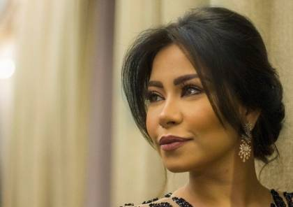 شيرين عبد الوهاب تعلن إصابتها بورم سرطاني