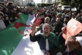 """تظاهرات بالجزائر احتجاجا على الرئيس الجديد.. """"الانتخاب مزور ورئيسكم لن يحكمنا"""""""