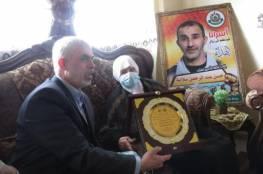 السنوار: ملتزمون بتحرير الأسرى من سجون الاحتلال