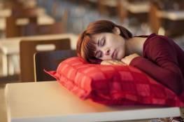 دراسة: النوم في النهار خطر على صحة الإنسان