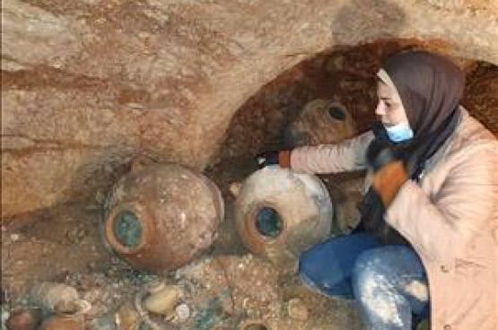 صور.. اكتشاف مقبرة أثرية تعود للعصر البرونزي في بيت لحم