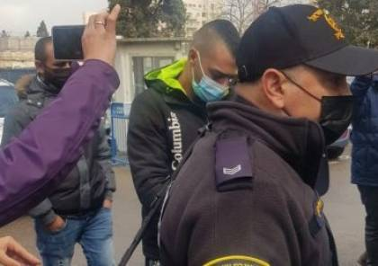 رغم الاعتداء الذي تعرض له - تمديد توقيف الشاب ابو حامد