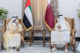 """بن راشد في لقائه مع أمير قطر على هامش """"مؤتمر بغداد"""": الأمير تميم شقيق وصديق"""