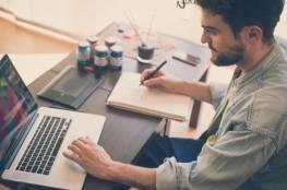دراسة..العمل يقيك من خطر الإصابة بالخرف