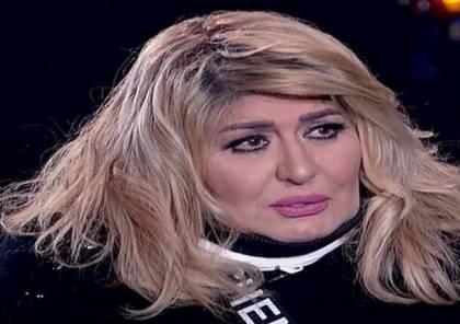 مصر.. الفنانة سهير رمزي تفقد الوعي خلال جنازة محمود ياسين (صور)
