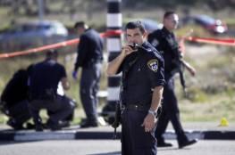 اعتقال شاب بزعم محاولته الاستيلاء على سلاح شرطي إسرائيلي قرب الخليل