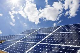 طولكرم: اتفاقيات لإنشاء مشروع محطة طاقة شمسية وتطوير شبكات مياه الري