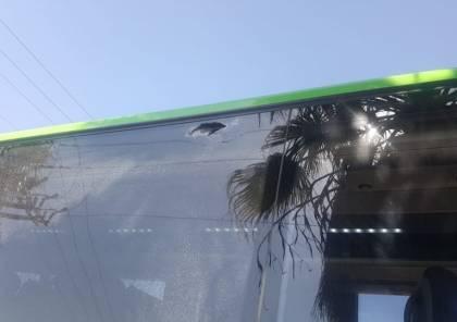 بالصور.. إطلاق نار على حافلة للمستوطنين شمال سلفيت