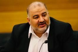 """منصور عباس.. من طبيب أسنان إلى صانع """"سياسة"""" في إسرائيل"""