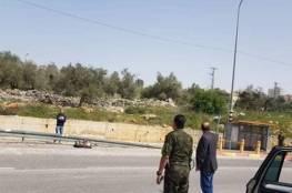 الاحتلال يلقي عاملا فلسطينيا قرب سلفيت بسبب شكوك باصابته بكورونا