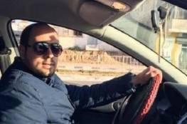 """مركز حقوقي يطالب بالإفراج عن محامٍ احتجز على ذمة معلوماتٍ نشرها على """"فيسبوك"""""""