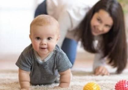 لماذا ينبغي عليك أن تترك طفلك حافي القدمين؟
