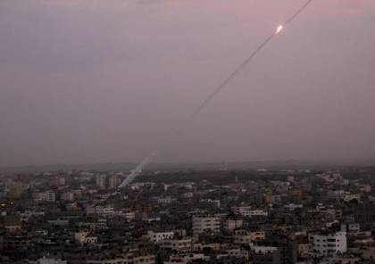الاحتلال :اطلاق صاروخين من غزة باتجاه الغلاف والقبة الحديدية تعرضهما