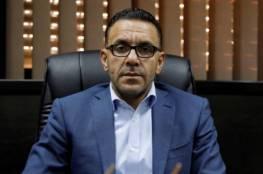 الاحتلال يسلم محافظ القدس قرارا بمنعه من دخول الضفة والعمل في مكتبه بالرام