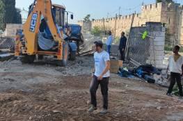 الاحتلال يجدد أعمال التجريف في جزء من المقبرة اليوسفية بالقدس