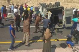 مشاهد قاسية: مصرع مواطنين واصابات خطيرة في انقلاب باص على طريق واد النار شرقي القدس