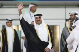 أمير قطر يقلب رداءه بعد صلاة الاستسقاء ويثير تفاعلا... ما معنى ذلك؟... فيديو