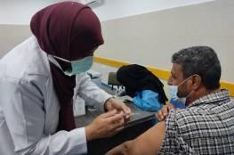 """""""نقابات العمال"""" تفتح نقطة تطعيم """"مؤقتة"""" للمواطنين والعمال بمقرها الرئيس بغزة"""