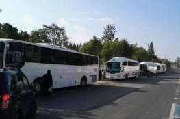 حافلات الفلسطينيين من أراضي الداخل تصل تباعاً للقدس لمنع مسيرة المستوطنين
