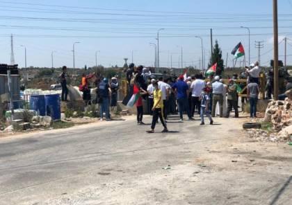 سلفيت: الاحتلال يقمع مسيرة ويمنع المواطنين من الوصول إلى أراضيهم المصادرة