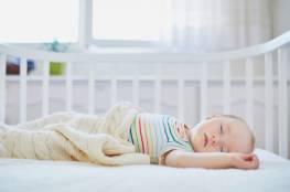 مرتبطة بالنمو.. مرحلة مختلفة من النوم عند الأطفال