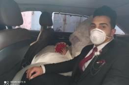صور.. عروسان من غزة يستبدلان مصاريف فرحهما بتوزيع مساعدات للعوائل الفقيرة