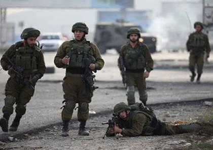 إصابة صحفي بالرصاص المعدني وعدد من المواطنين بالاختناق خلال مواجهات مع الاحتلال شرق نابلس