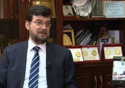 السفير عيسى يقدم أوراق اعتماده لرئيس طاجيكستان كأول سفير مقيم