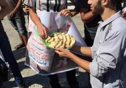 صور: بهجة وحلوى واحتفالات في غزة تعبيرا عن الفرح باتفاق القاهرة