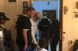 دبلوماسيون يعربون عن قلق بلادهم إزاء اعتقال وزير القدس والاعتداء عليه