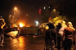 إصابات بالاختناق عقب اقتحام قوات الاحتلال بلدة بيت أمر
