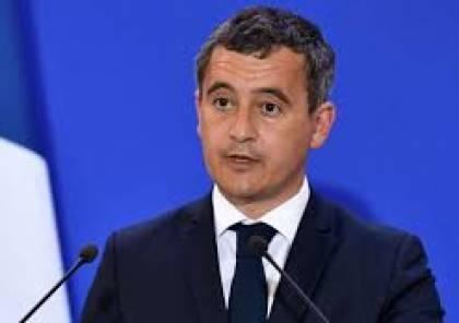"""وزير الداخلية الفرنسي """"مصدوم"""" من وجود أقسام خاصة بالمنتجات """"الحلال"""" في المتاجر"""