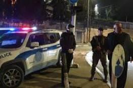 الشرطة تغلق محلات تجارية وصالات أفراح في القدس